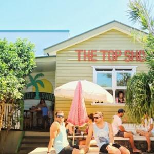 バーガーとアサイボールが大人気バイロンベイカフェThe Top Shop!